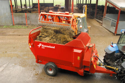 Easy Loading of Bales